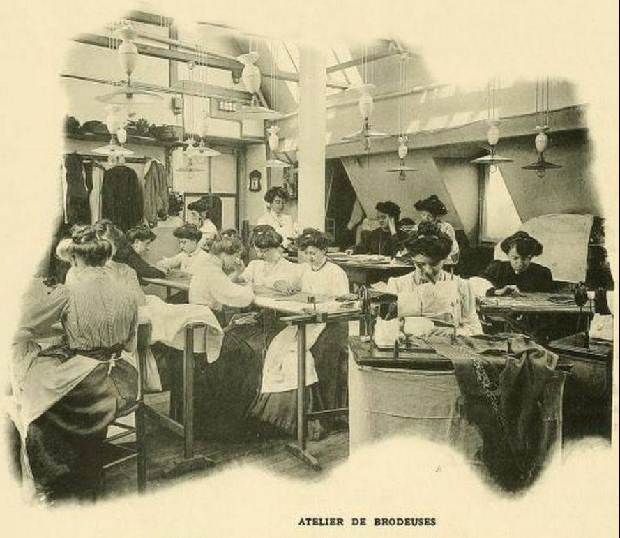 Photo of embroiderers from Les Creatuers des Mode, 1910; I do not know if these women were working on gowns for the Callot sisters, but it is possible! Many of these ateliers were on the upper floors of buildings so that they could take advantage of natural daylight from the skylights overhead.