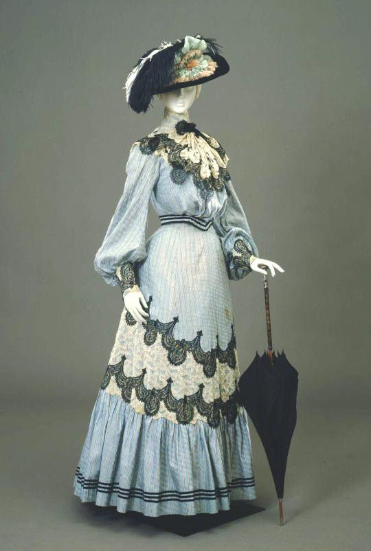 1904 Day dress from the Galleria del Costume di Palazzo Pitti, Europeana Fashion